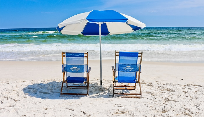 Holiday Inn Express Orange Beach Lay and Play Package Featured Image